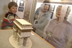 Нарвским воротам  исполнилось 175 лет