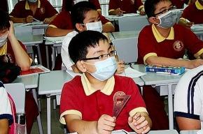 Министр здравоохранения Китая привился от свиного гриппа