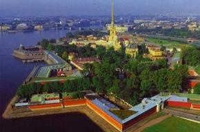 Современное искусство в традиционной Петропавловке
