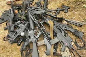 Василеостровцам предлагают сдать оружие