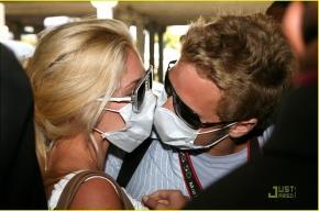 Волонтеров, привитых от «свиного гриппа», выпишут уже завтра