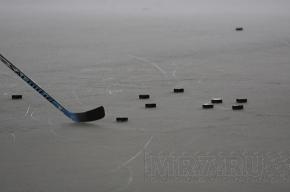 Из трех матчей на Кубок Петербурга по хоккею прошел только один