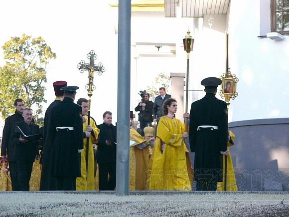 Новый храм на Разливе освятил Патриарх: Фото