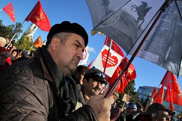 Фоторепортаж с митинга в защиту Петербурга: Фото
