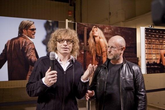 В «Этажах» открылась «звездная» фотовыставка Олега Зотова: Фото