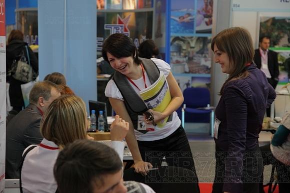 Туристы всех стран собрались в Ленэкспо: Фото