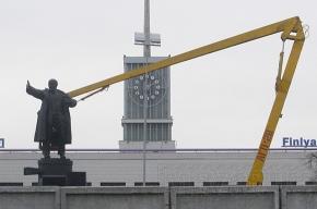 Памятник Ленину вернут на место через шесть месяцев