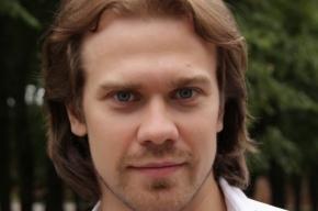 Актер Алексей Морозов рулит в кадре и в жизни
