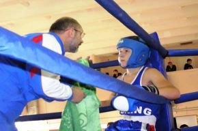 Боксерский клуб: колпинские ребята дерутся так, что соперникам жизнь малиной не кажется
