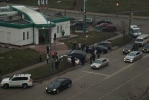 Фоторепортаж: «В Москве два джипа провалились под землю»