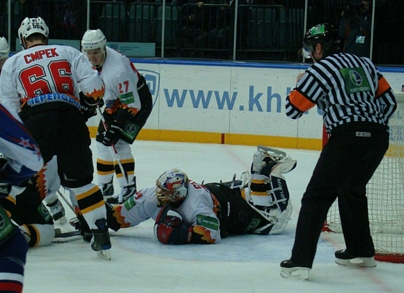 Максим Соколов признан лучшим игроком в матче «Северсталью»: Фото