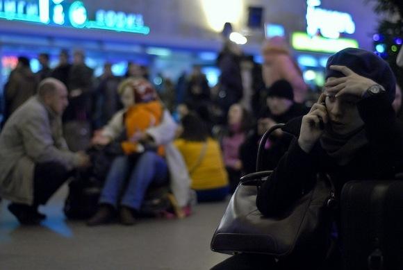«Лучше сдавайте билеты»: о чем говорят на вокзале: Фото