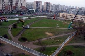 У озера на улице Ивана Фомина собираются что-то строить
