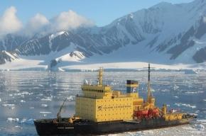 Застряли во льдах Антарктиды