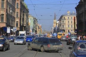 На Среднем проспекте у «Василеостровской» появится еще один светофор для пешеходов