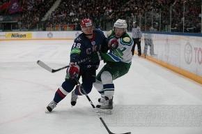Армейское дерби в Ледовом закончилось победой СКА