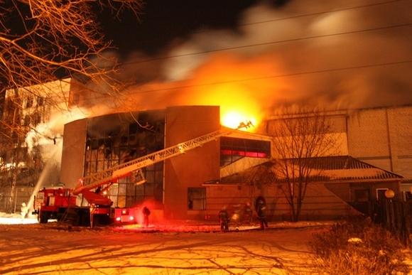 В Рязани сгорел развлекательный центр, который собирались закрыть пожарные: Фото