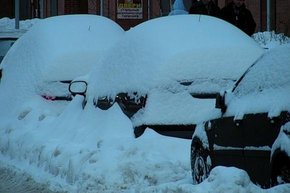 За сутки из города вывезено 86 тысяч кубометров снега: Фото