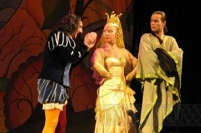 Актеры Детского театра сказки совершили покушение на Пушкина