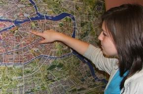 Юная петербурженка спасла дом от забвения