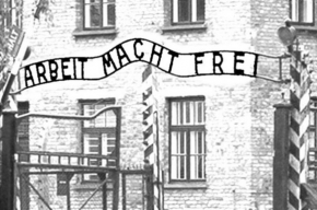 Надпись «Arbeit macht frei» похитили из Освенцима