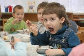 Как реагировать на детские капризы в еде