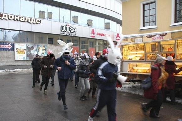 Зайцы-анархисты совершили пробег против повышения цен на проезд: Фото