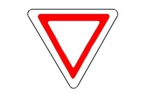 На перекрестке Лужской и Просвещения поставят новый знак