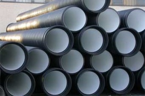 Ремонт трубопровода в Приморском районе продолжается