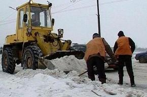 В Саратове чиновников обязали три часа в день убирать снег