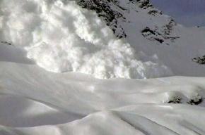 В Кабардино-Балкарии ищут попавших под лавину альпинистов