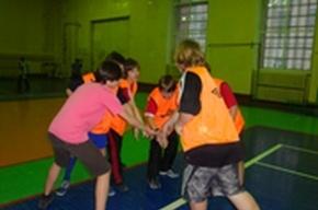 Три команды по мини-футболу из школы №645 Василеостровского района вышли в городской финал
