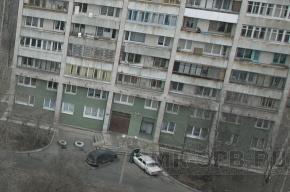 В Купчино женщина упала с 9-го этажа