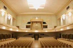 В театре музыкальной комедии начинаются общедоступные праздничные концерты