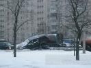 ДТП на Дунайском: внедорожник «взлетел» на крышу легковушки: Фоторепортаж