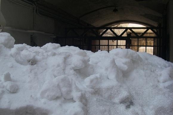 Двор на улице Мира отрезало от мира: Фото