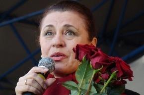 Артистку Валентину Толкунову с концерта увезли в реанимацию