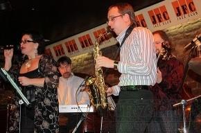 Петербургские музыканты провели поминки в стиле джаз
