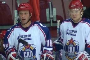 Дарюс Каспарайтис учит молодых хоккеистов «плохому-хорошему»