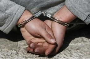 Трех петербургских милиционеров подозревают в вымогательстве