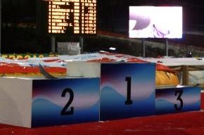 Российские биатлонисты завершили Олимпиаду на пьедестале почета