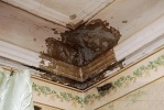 Фоторепортаж: «В доме на Литейном 150 лет ждут ремонта»