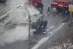 Во Фрунзенском районе сгорел автобус: Фоторепортаж