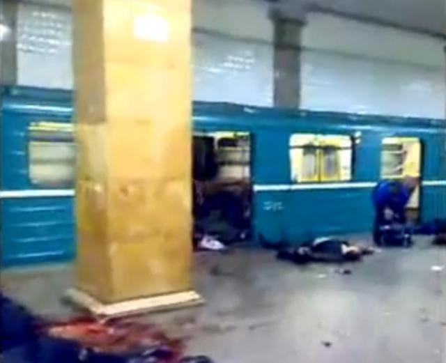 Эвакуация на «Парке культуры» - видео очевидца и свидетельства работников метро: Фото
