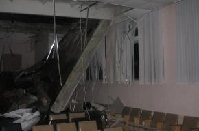 В Саратове рухнул потолок школы
