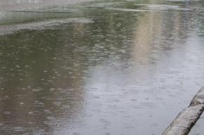 Приморское шоссе затопило талой водой