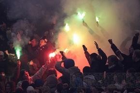 «Динамо» и «Зенит» заплатят за поведение фанатов 900 тысяч рублей