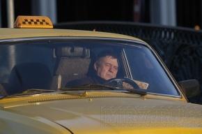 Таксисты берут за поездку по Москве 3000 рублей