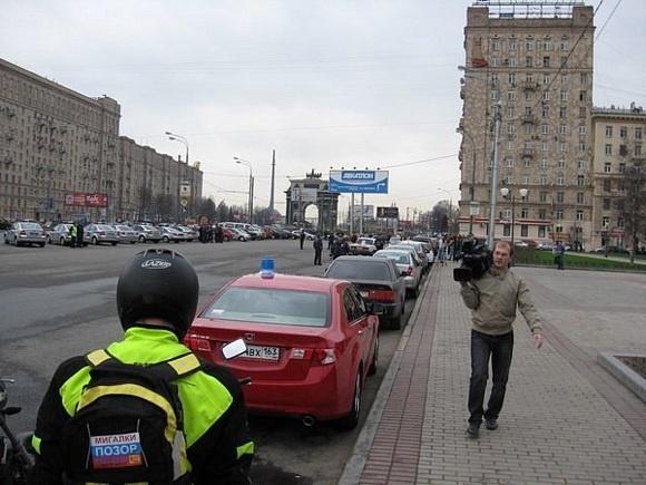 «Синие ведерки» не прокатили: милиция задержала участников акции против «мигалок»: Фото