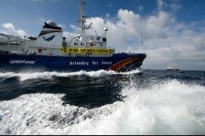 На судно Гринписа в Петербурге не пускали из-за виз